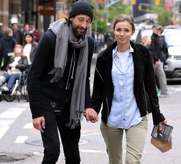 Award winning actor Ad... Adrien Brody Net Worth Currently