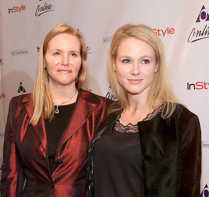 Lenedra Carroll and daughter Jewel Kilcher