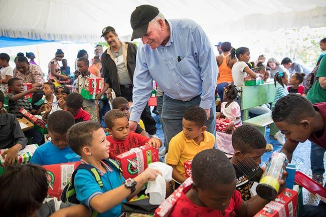 Franklin Grahams donating goods to children