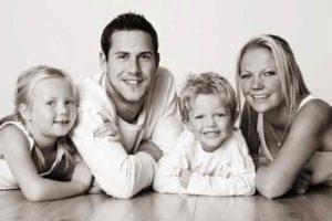 Ant Anstead's ex-wife Louise Anstead kids wiki bio relationship divorce