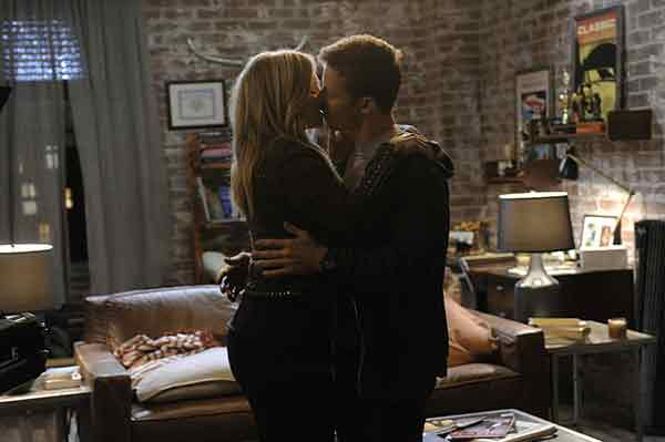 Vanessa Ray and Will Estes kissing scene of Blue Bloods