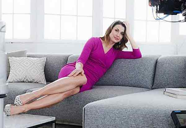 bridget moynahan is happily married to husband andrew