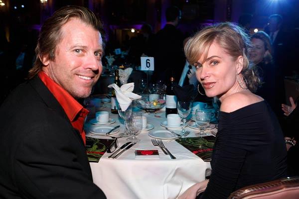 Image of Eileen Davidson with her husband Vincent Van Patten