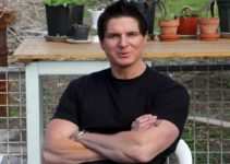 Image of Is Zak Bagans Married to his Wife or Dating Girlfriend? Know About his Net Worth, House, Age and Daughter