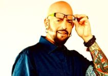 Image of Jackson Galaxy wife, cat toys, weight loss, products, net worth, married, age, family