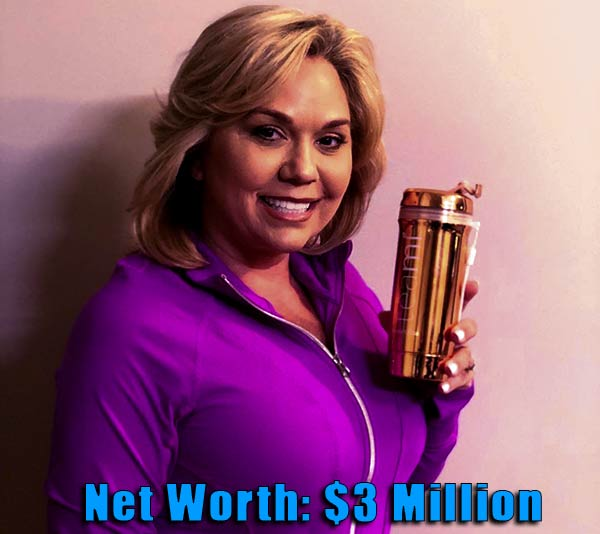 Image of TV Personality, TV Chrisley net worth is $3 million