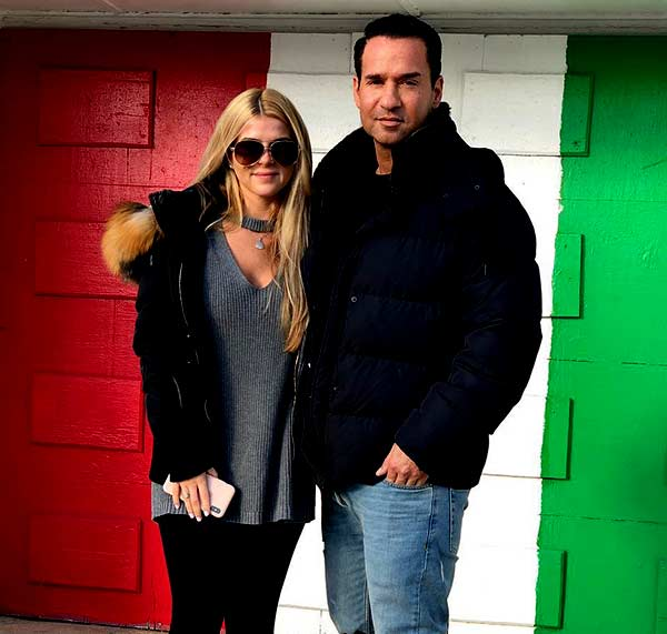Image of Mike Sorrentino with his wife Lauren Pesce