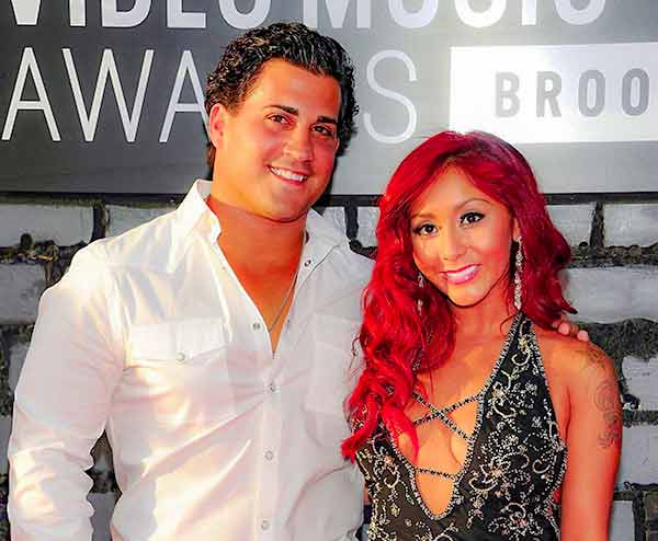 Image of Nicole Polizzi with her husband Jionni LaValle