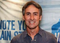 Image of Who is Mike Wolfe Married to. Know His Wife, Children, Family, Age, Measurements