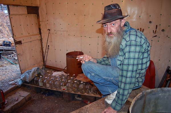 Image of Popcorn Sutton from Moonshiners show