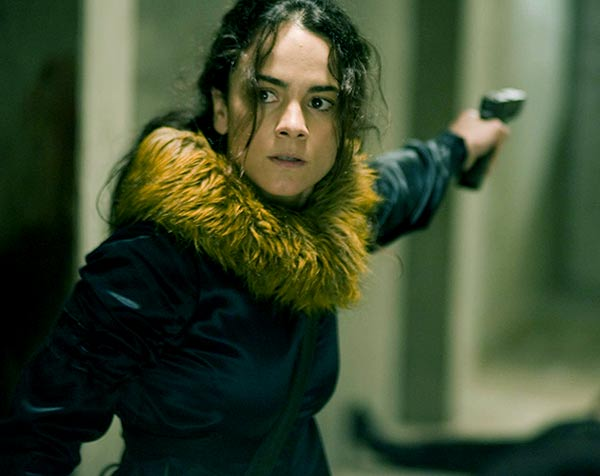 Image of Alice Braga from movie, Journey to the End of the Night