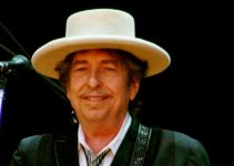 Image of Bob Dylan family tree; children, parents, grandparents, grandchildren, biography, wiki