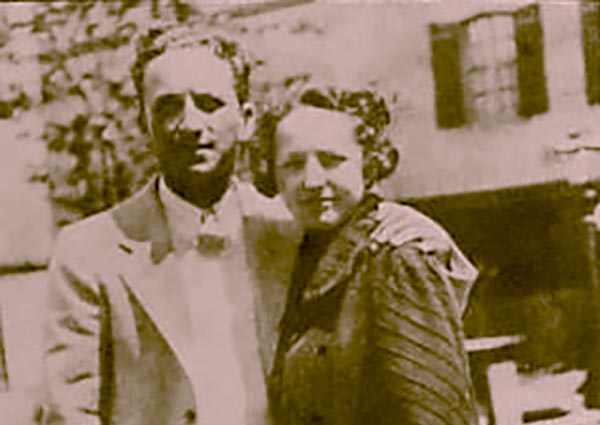 """Image of Bob Dylan parents ( Father: Abram Zimmerman and mother: Beatrice """"Beatty"""" Stone)"""