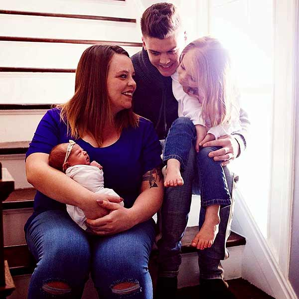 Image of Catelynn Baltierra with her husband Tyler Baltierra and with their kids