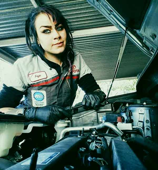 Image of Faye Hadley from TV show, All Girls Garage