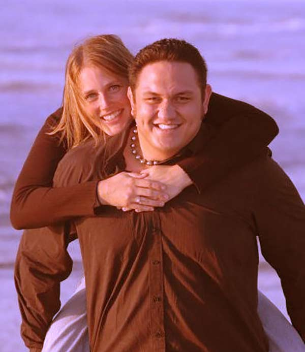 Image of Jessica Seanoa with her husband Samoa Joe