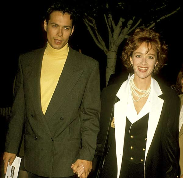Image of Lauren Holly with her first husband Danny Quinn