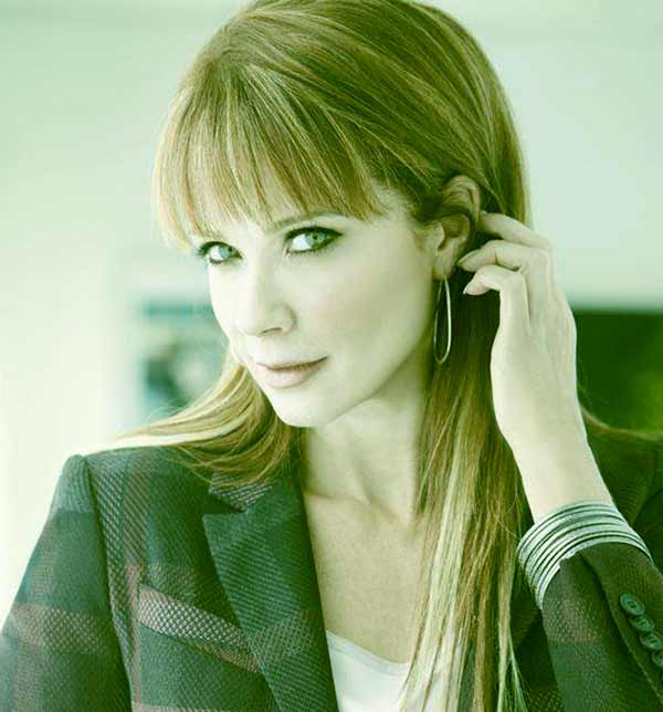 Image of Lauren Holly from TV series Picket Fences