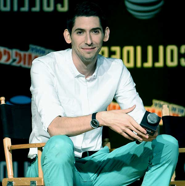 Image of Max Landis is currently single