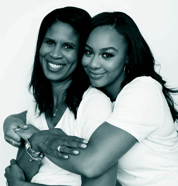 Image of Nia Sioux Frazier with her mother Holly Frazer