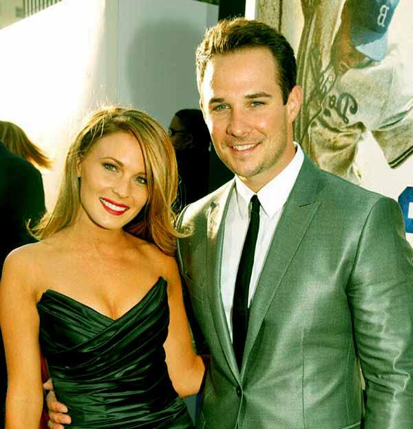 Image of Ryan Merriman with his wife Kristen McMullen