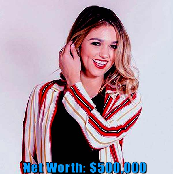 Image of TV Personality, Sadie Robertson net worth is $500,000