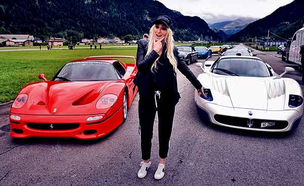 Image of Alex Hirschi with her car