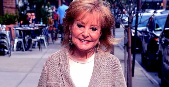 Image of What happened to Barbara Walters? Know her Health, Dementia, Spouse, Daughter, Net worth