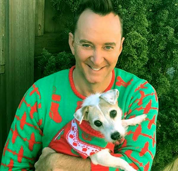 Image of Fashion consultant, Clinton Kelly with his dog, no children yet