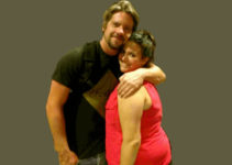 Image of Hang Knighton biography: Facts about Zachary Knighton's ex-wife
