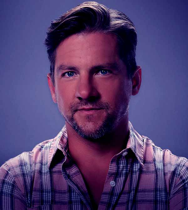 Image of American actor, Zachary Knighton