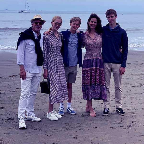 Image of Kelley Phleger's family with her husband Don Johnson and their kids