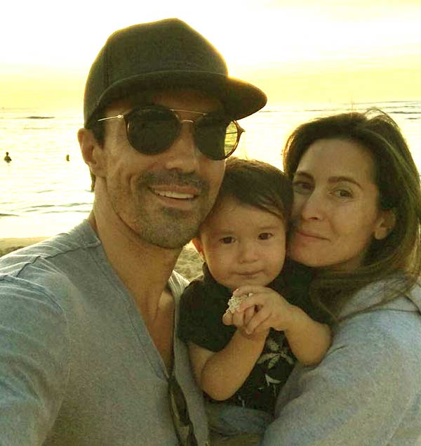 Image of Nicole Garippo with her husband Ian Anthony Dale and with their kid