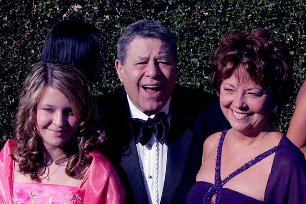 Image of SanDee Pitnick with her husband Jerry Lewis and with her daughter Danielle Sara Lewis.
