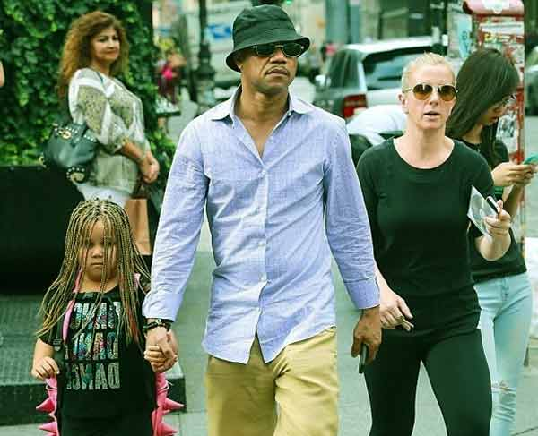 Image of Cuba Gooding Jr. with ex-wife Sara Kapfer and their daughter Piper Gooding
