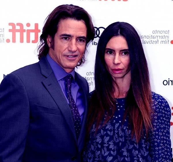 Image of Tharita Cesaroni with her husband Dermot Mulroney
