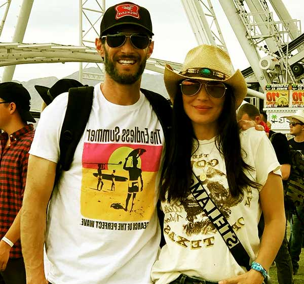 Image of Bethany Ashton Wolf married to husband Josh Wolf.