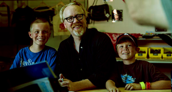 Image of Adam Savage with his twin sons Addison and Riley