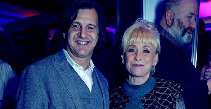 Image of Who is Barbara Windsor's Husband, Scott Mitchell. His Net Worth, Age, Married Life, Children, Family