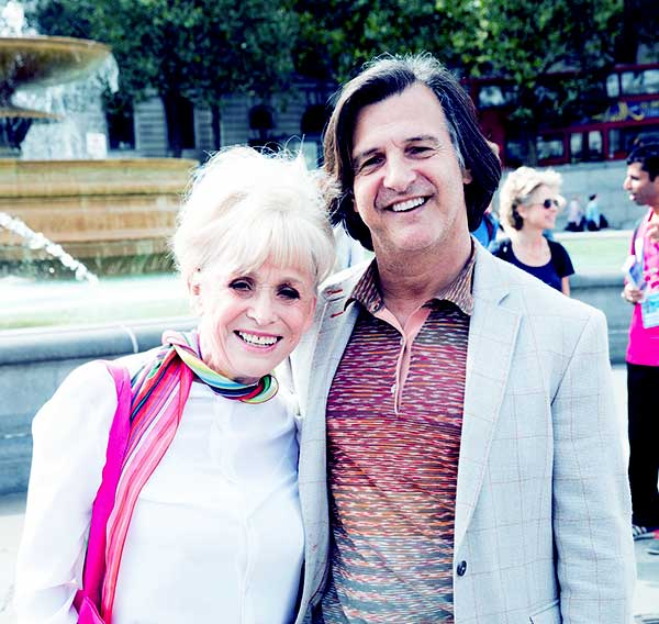 Image of Scott Mitchell with his wife Barbara Windsor