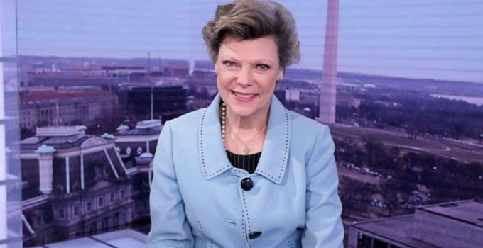 Image of Cokie Roberts who passed away at 75