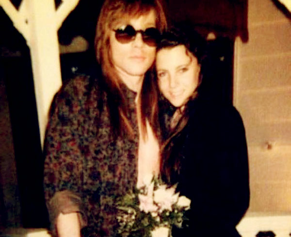 Image of Erin Everly with her husband Axl Rose