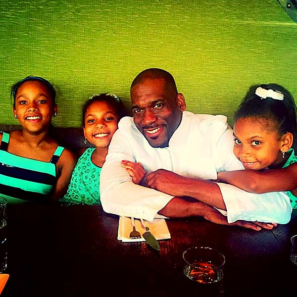 Image of Jamal Harrison Bryant with his three beautiful daughters (Grace, Adore and Angel)