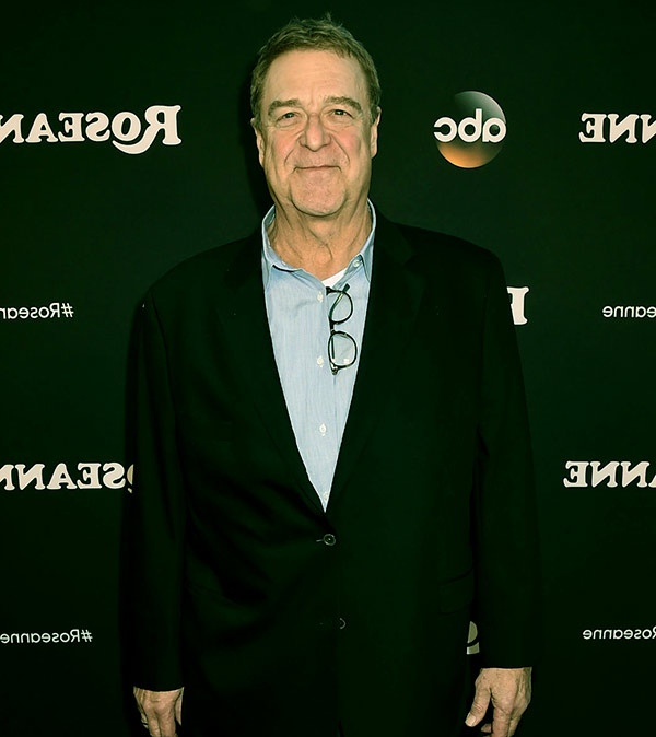 Image of Actor, John Goodman height is 6 feet 2 inches