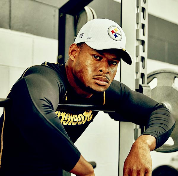 Image of American football wide receiver, JuJu Smith-Schuster had a toe injury