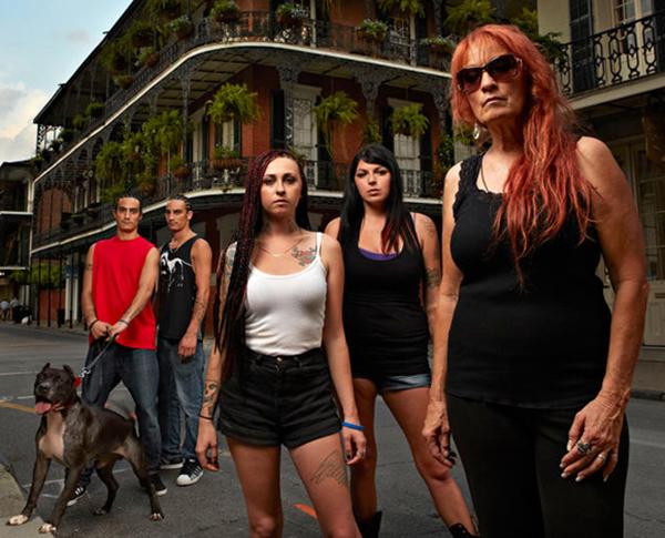 Image of Tia along with her four children Tania, Maria, Kanani, and Keli
