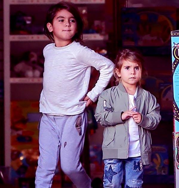 Image of kourtney kardashian kids Mason Dash Disick (son) and Penelope Scotland Disick (daughter)