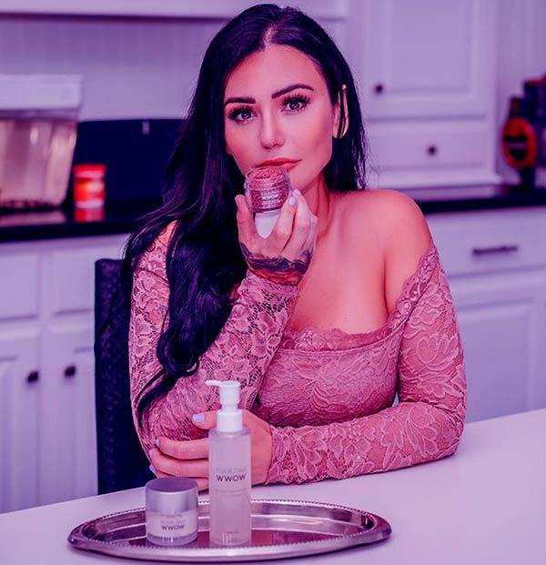 Image of TV Personality, Jenni Farley