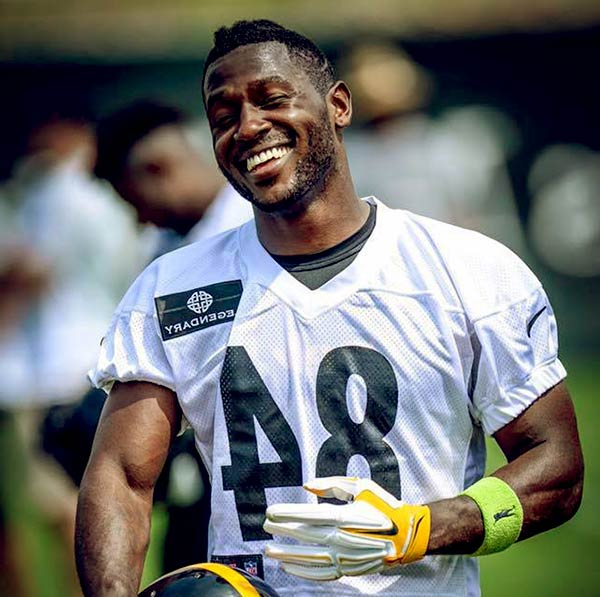 Image of American football wide receiver, Antonio Brown