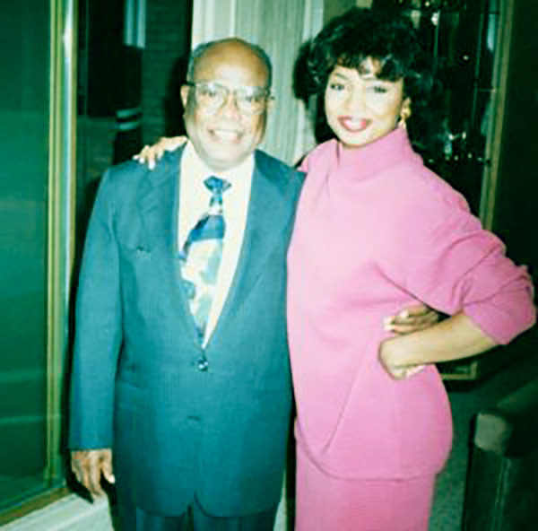 Image of Lynn Toler With her belated father Bill Toler